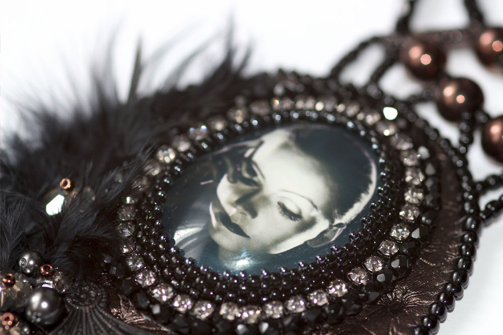 Vintage Silver Screen Necklace Greta Garbo Black and White