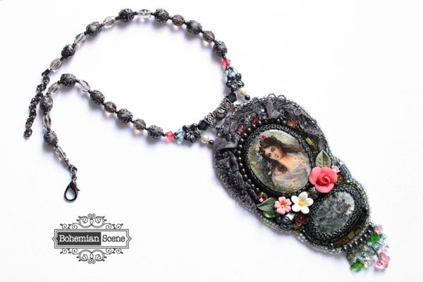 Romantic Victorian Necklace Makovsky Flora