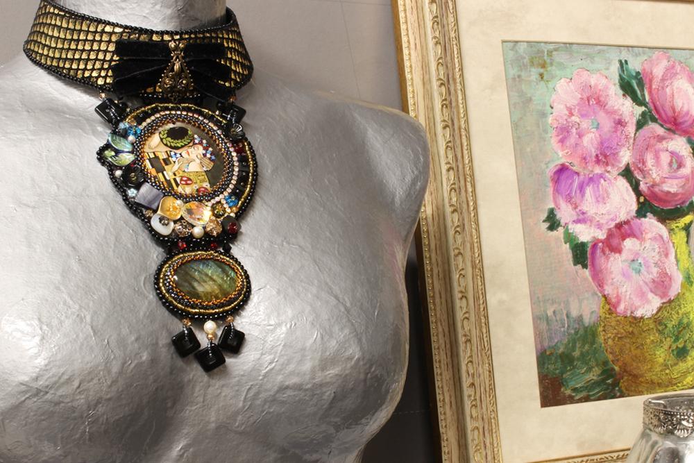 Art Nouveau Klimt Kiss Gold Necklace